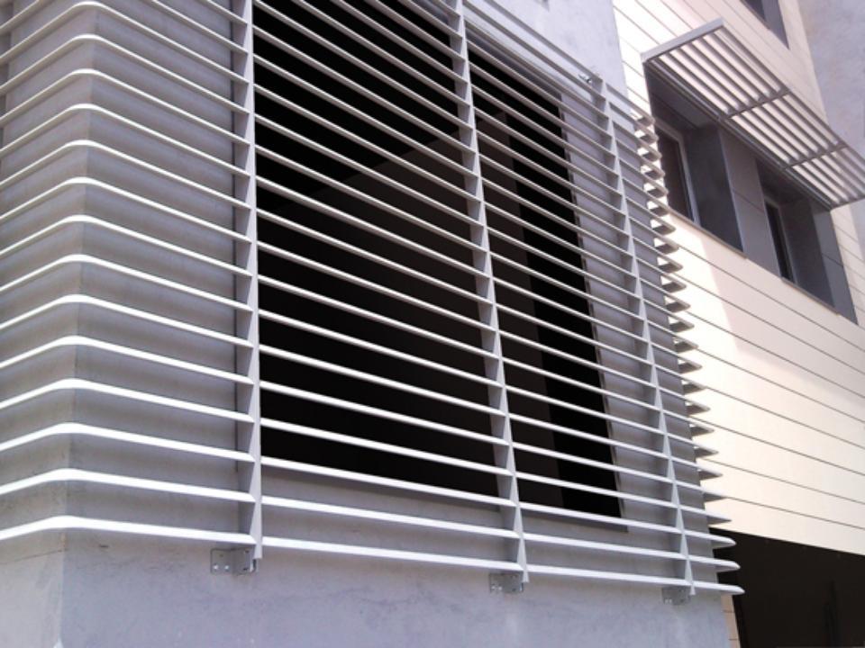 Celos as alufix gravent cortinas y toldos a medida - Celosias de aluminio ...