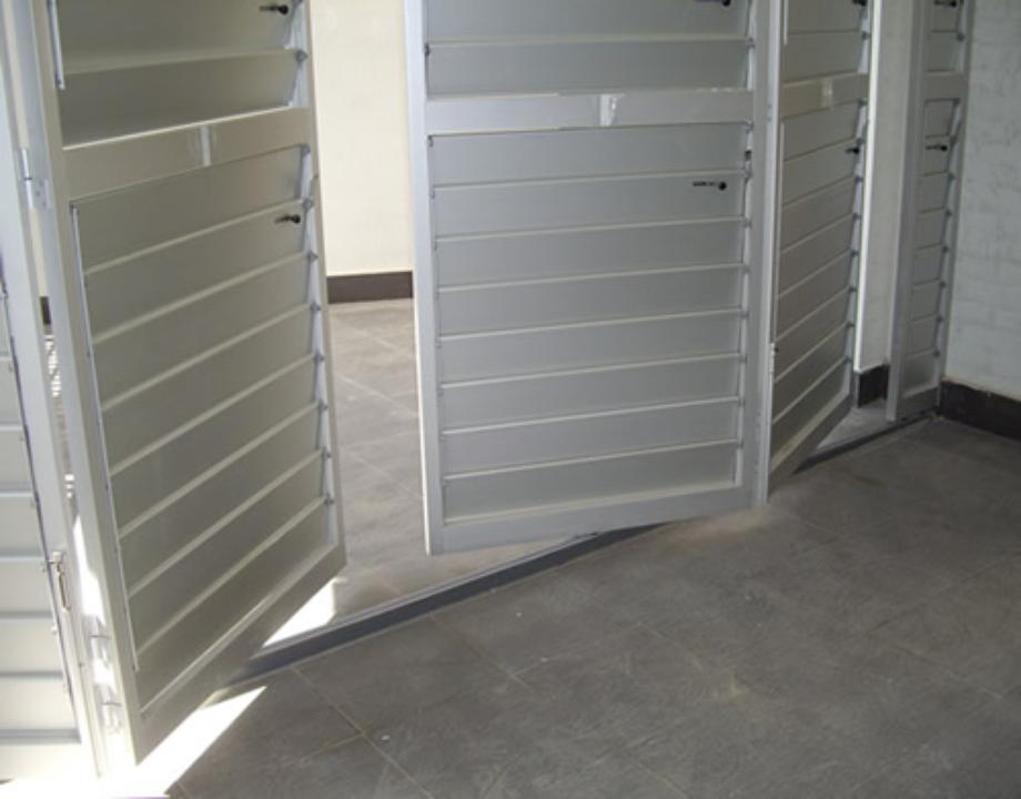 Celos as de aluminio con marco corrugable gravent - Celosias de aluminio ...