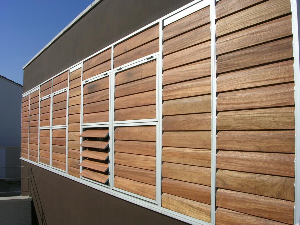 Celosía de madera de marco fijo | Gravent: Cortinas y toldos a medida