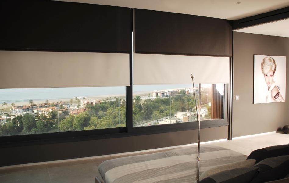 cortinas enrollables de interior