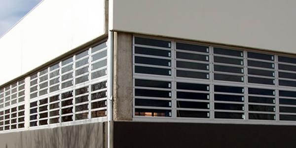 Colegio Narcís Monturiol ventana hervent