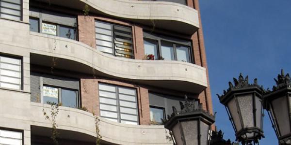 Edificios viviendas ventana hervent