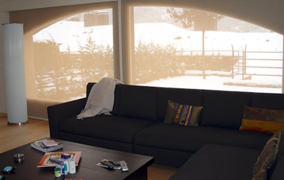 Proyecto vivienda Andorra cortina enrollable